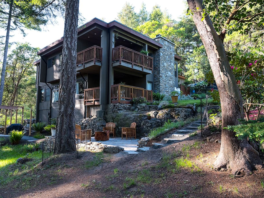 Coastal Forested Mountain Retreat in city limits!