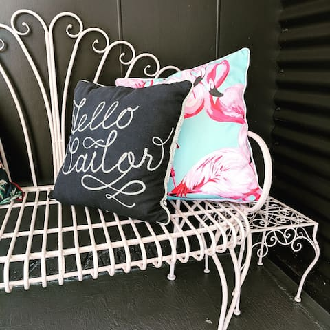 Welcome to Pink Flamingo Beach Apartment