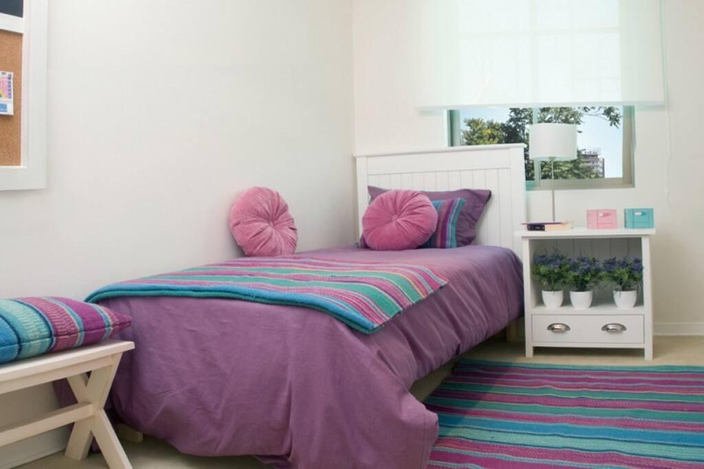 habitacion pequeña, comoda