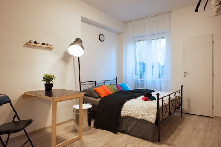 New! Cozy room by the Prague Congress Centre - Πράγα - Διαμέρισμα