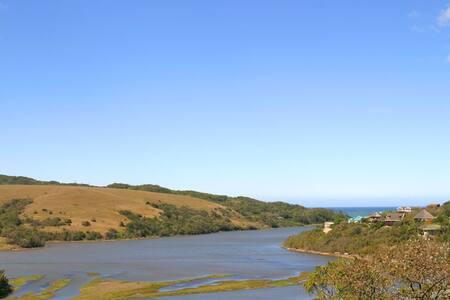 Doubleview B&B Morgan Bay
