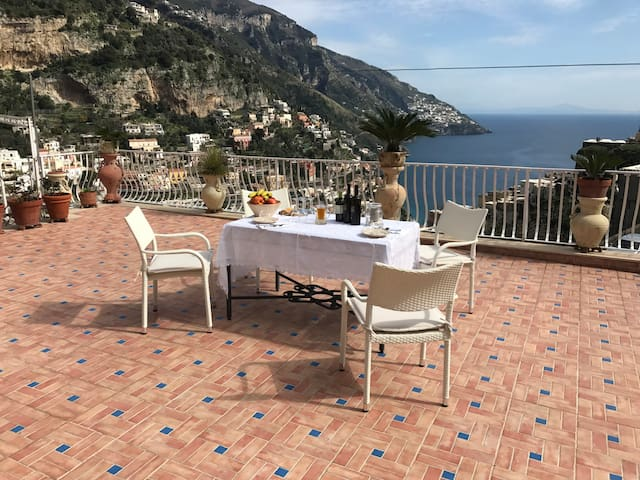 The Four Dames - Positano - Casa