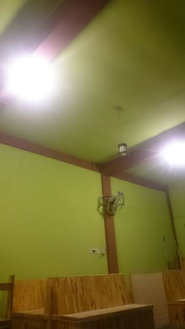 Room with two bed - Medan - Haus