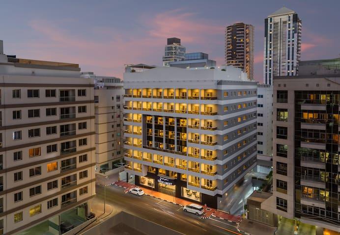 Savoy Crest Hotel Apartment Dubai Near Burjuman