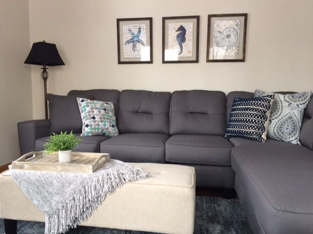 Cozy Home in the Heart of Des Moines