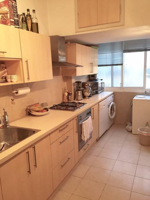 Full kitchen supply! Washing & Dryer