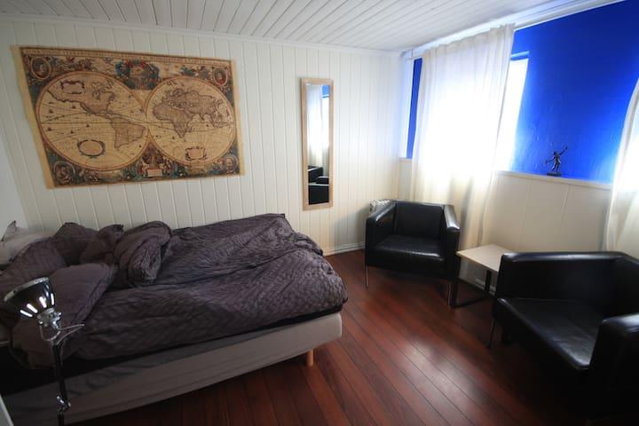 Lenas hjem