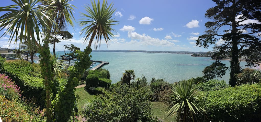 Torquay flat-  Sea view terrace. UK
