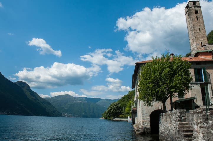 The House of the Fisherman on Lake Como - Careno - Appartement