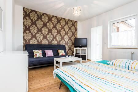 T10 Apartment Troisdorf Zentrum - Troisdorf