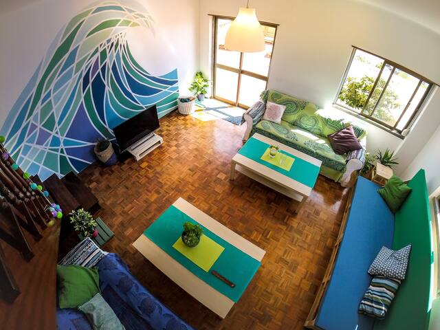 The living room where you can comfortably relax after you surf sessions.