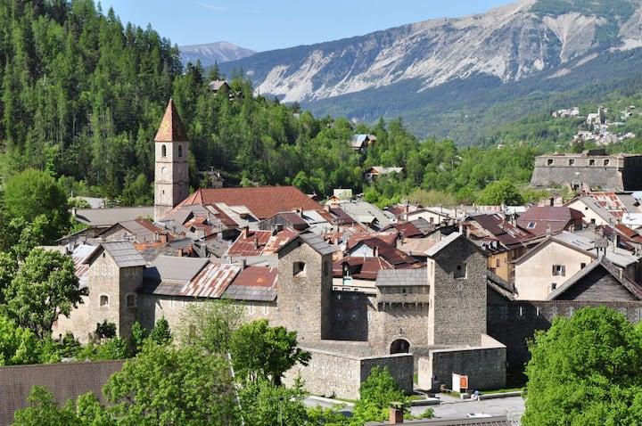 Val d'allos Colmars les Alpes Maison de Village