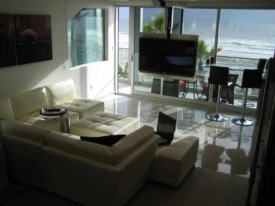 Living Room Facing Mission Beach