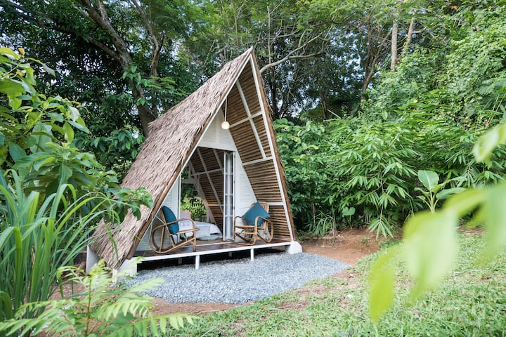 Mango Nest Hut: Fan, Garden, Grill, Glamp, Wifi!