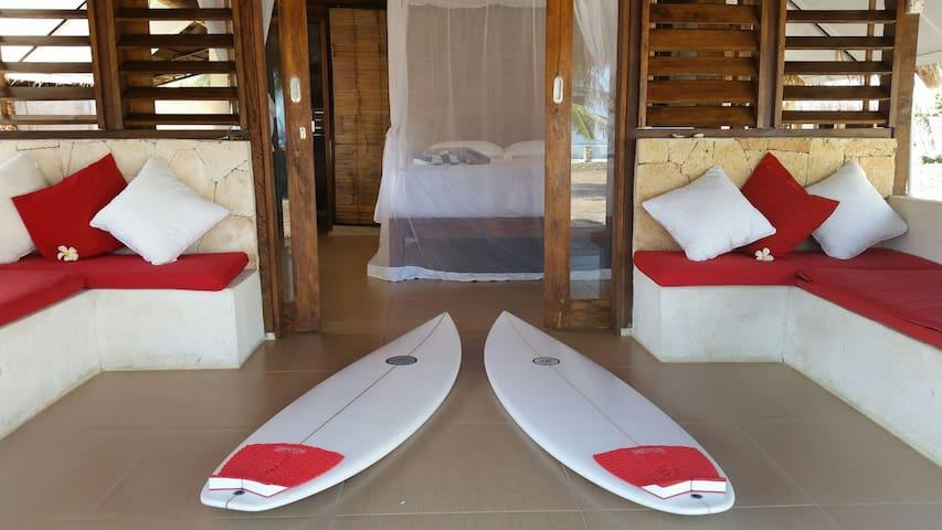 Oenggaut Beach Hut