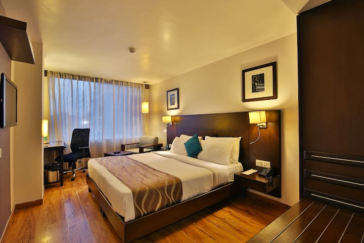 Private Room with Number 1 hospitality @ Vadodara