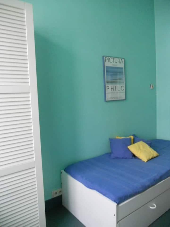 Huy,chambres d'Hôtes(1à5personnes)centre ville