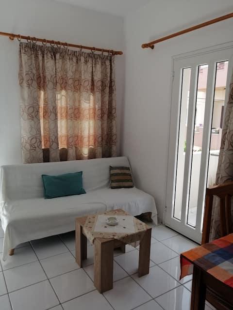 Διαμέρισμα δίπλα στη παραλια της Αμμουδαρας!