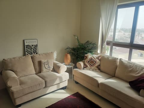 Tranquil 1br overlooking Downtown Dubai
