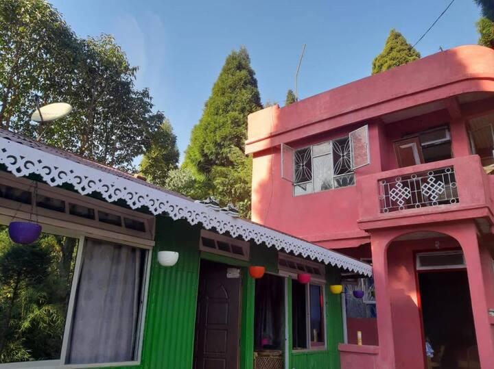 SHANTHI SAMAYA HOMESTAY VL GHOOM MONASTERY HILLS