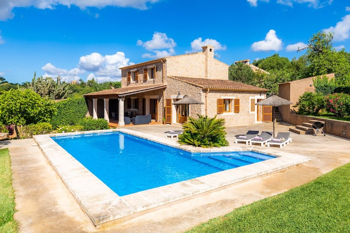 Attractive Holiday Home Cas Batlet Antonia with Pool, Air Conditioning, Wi-Fi, Terraces, Sea & Mountain View; Parking Available