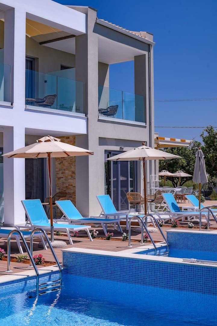 Alonaki Resort Room First Floor (Common Pool)