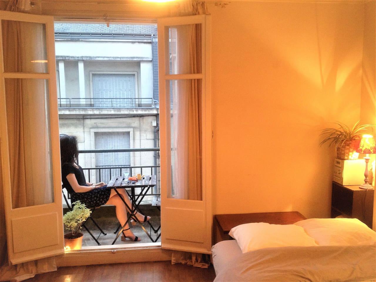 chambre + balcon