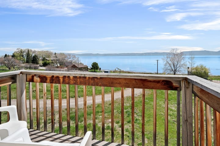 Hillside home w/ deck & beautiful views of Bear Lake - dogs OK!