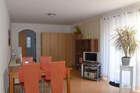eingerichtetes modernes Apartment - Hörstel - Lägenhet