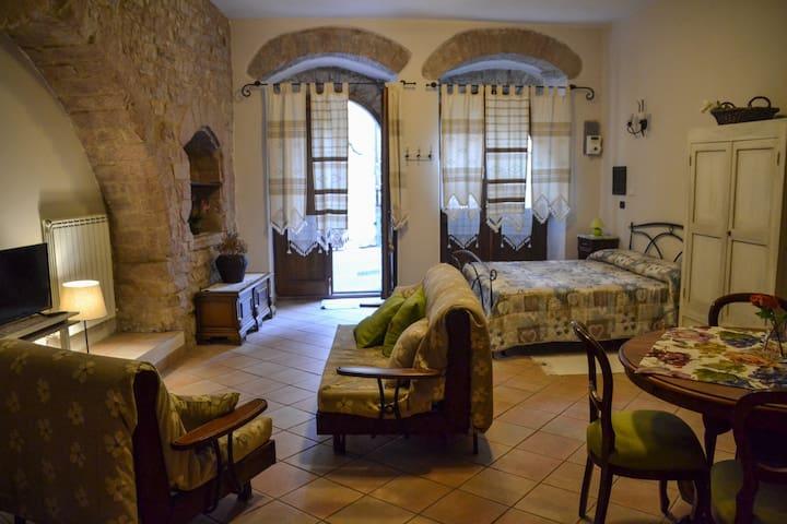 """Monolocale centro storico Assisi """"La Chiocciola"""""""