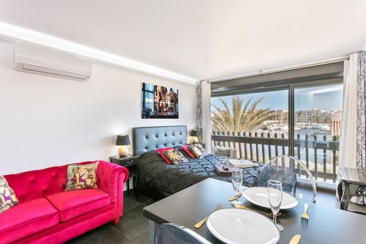 Barocci Port Venus Naturist luxury