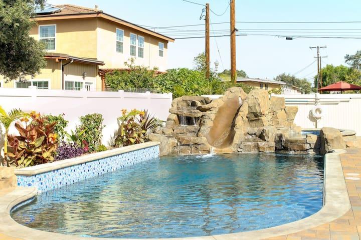 Funtierland + Walt's Place + Close to Disney + Pool + Splash Pad + Netflix