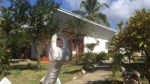 Casa pequeña  / Costa de Oro