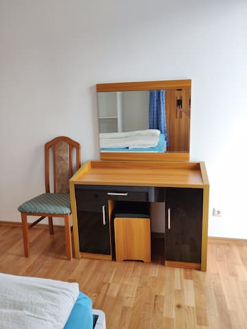 Table (with mirror) for working,reading,etc