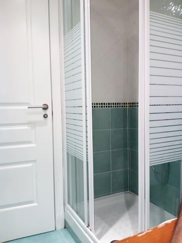 Apartamento tipo estudio. CENTRO / WIFI - Madrid - Apartamento