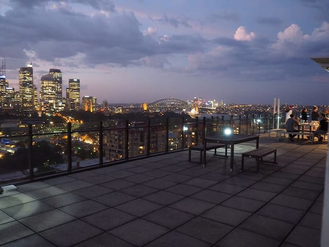 Double Room Great Views + Swimming Pool + Terrace - Potts Point - Apartamento