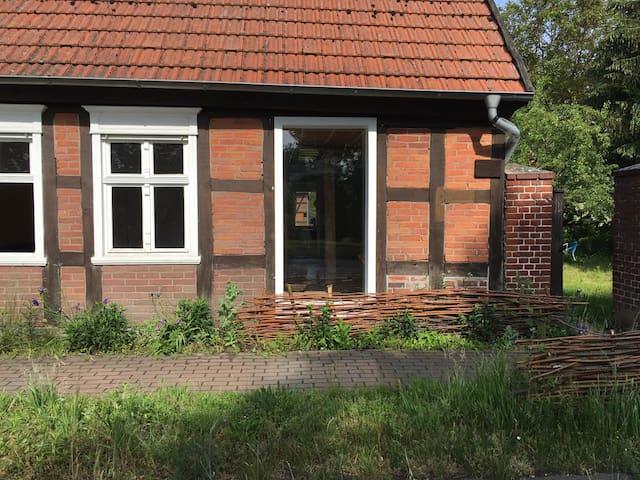 Schöne Gästewohnung auf Vierseithof in Prignitz