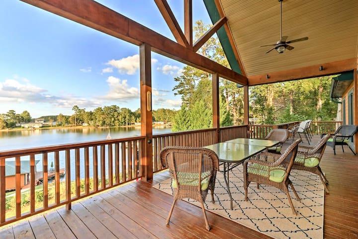 'LazyBear Lodge' East Lake Sinclair Home w/Dock!