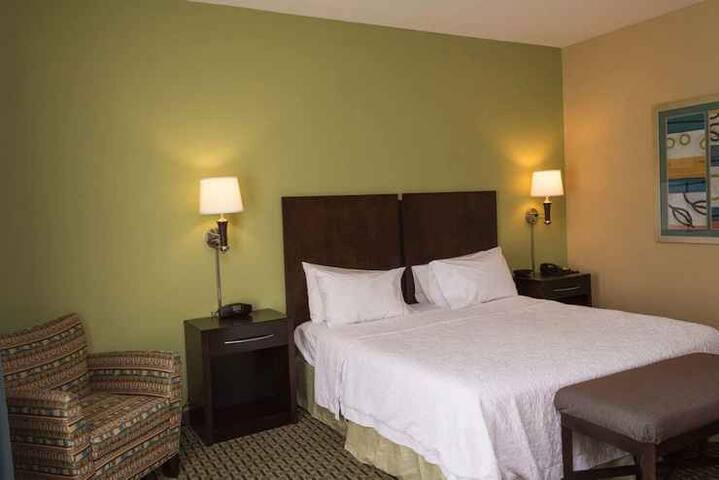 Desirable Double Bed Non Smoking At Sevierville