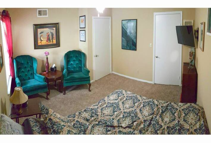 Private Queen Room and Bath - Tallahassee - Apartamento