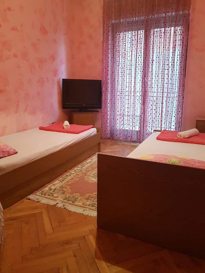 Room 1 Djurkovic 18€.minimum 3 night