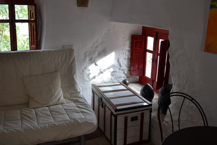 La Paloma..... Simply charming studio cottage - Montejaque - Outro