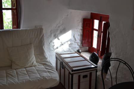 La Paloma..... Simply charming studio cottage - Montejaque - Altres
