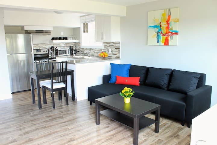 Executive Apartment on Quiet Court - Kitchener - Apartamento