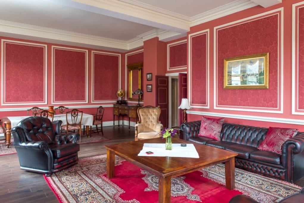 Beautiful spacious drawing room with original features