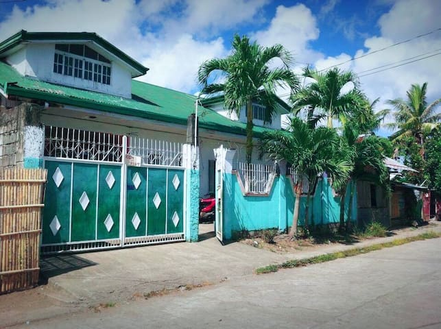 Simple Big private room in roxas - Roxas City - Bungalow