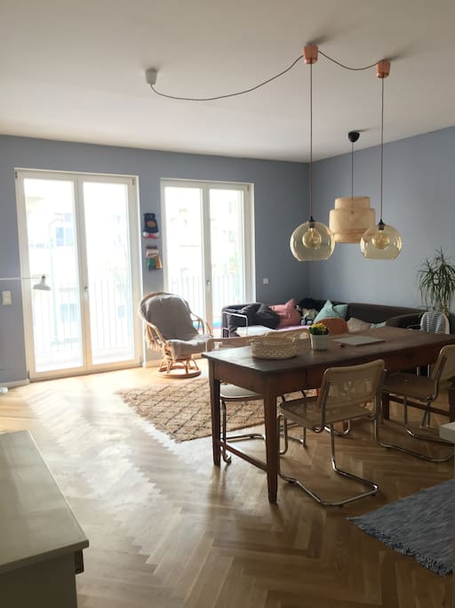 Livingroom / Kitchen