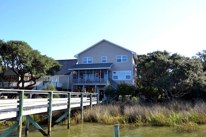 Directly on Topsail Sound-Private Dock-Magical!