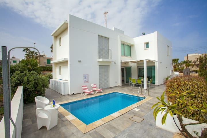 Architects House, Modern, WiFi,Pool