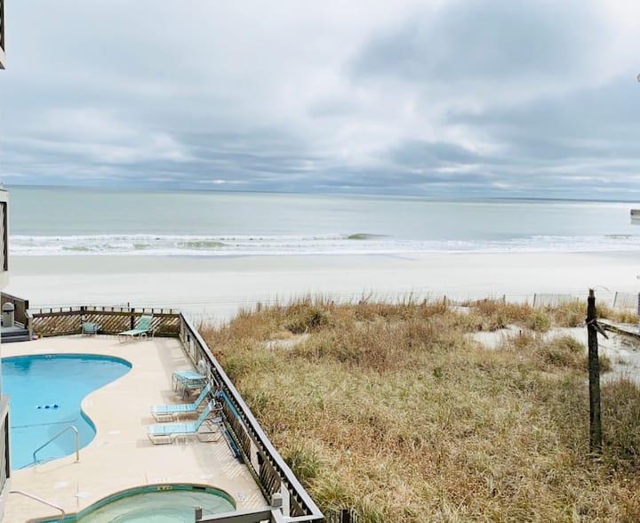 Spacious Ocean Front Retreat